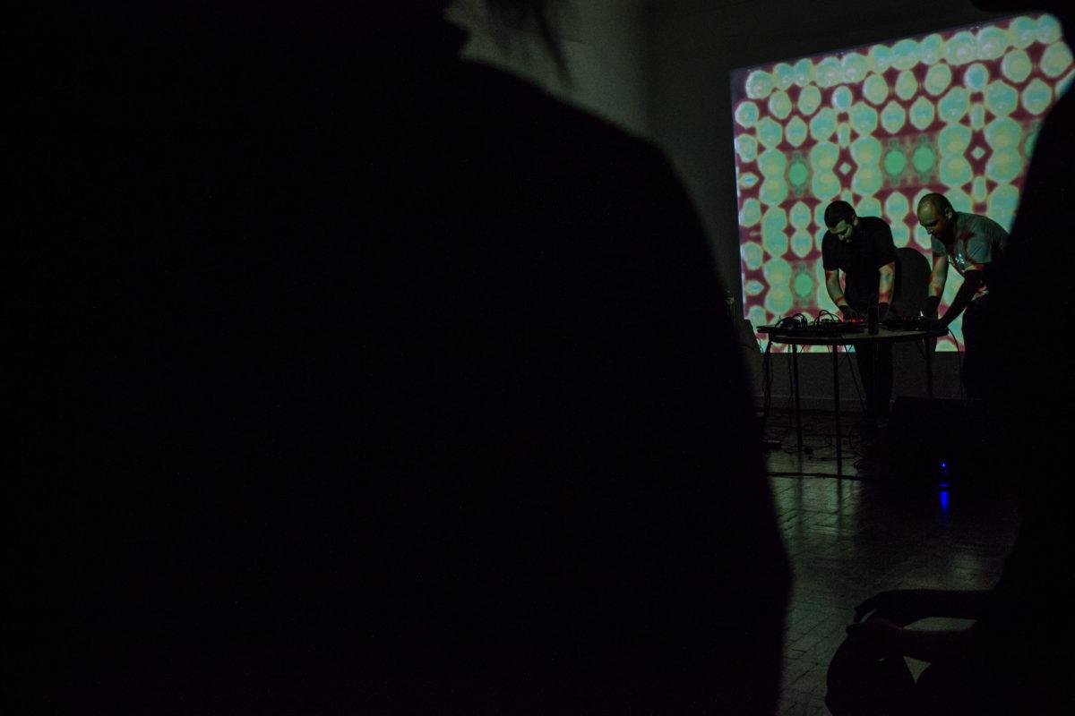KINO BEAT ao vivo | Foto: Marília Dias