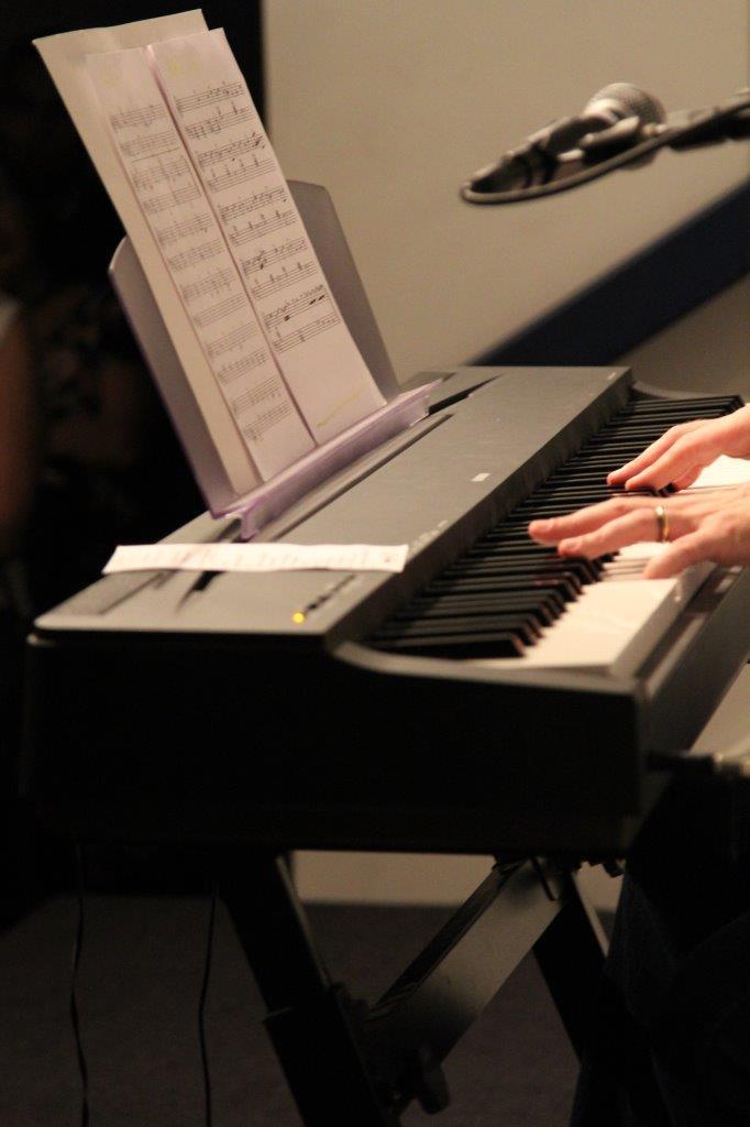 O pianista Antônio Benito Crivellaro apresenta | Fotos:Igor Sperotto