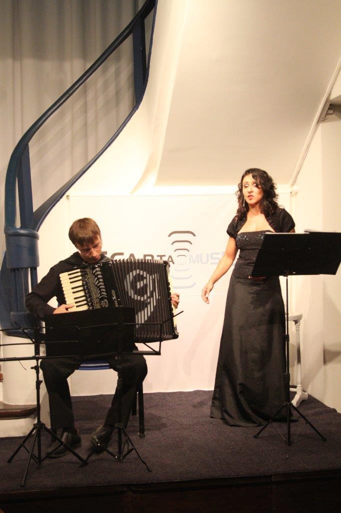 Duo de canto lírico e acordeon   Fotos:Igor Sperotto