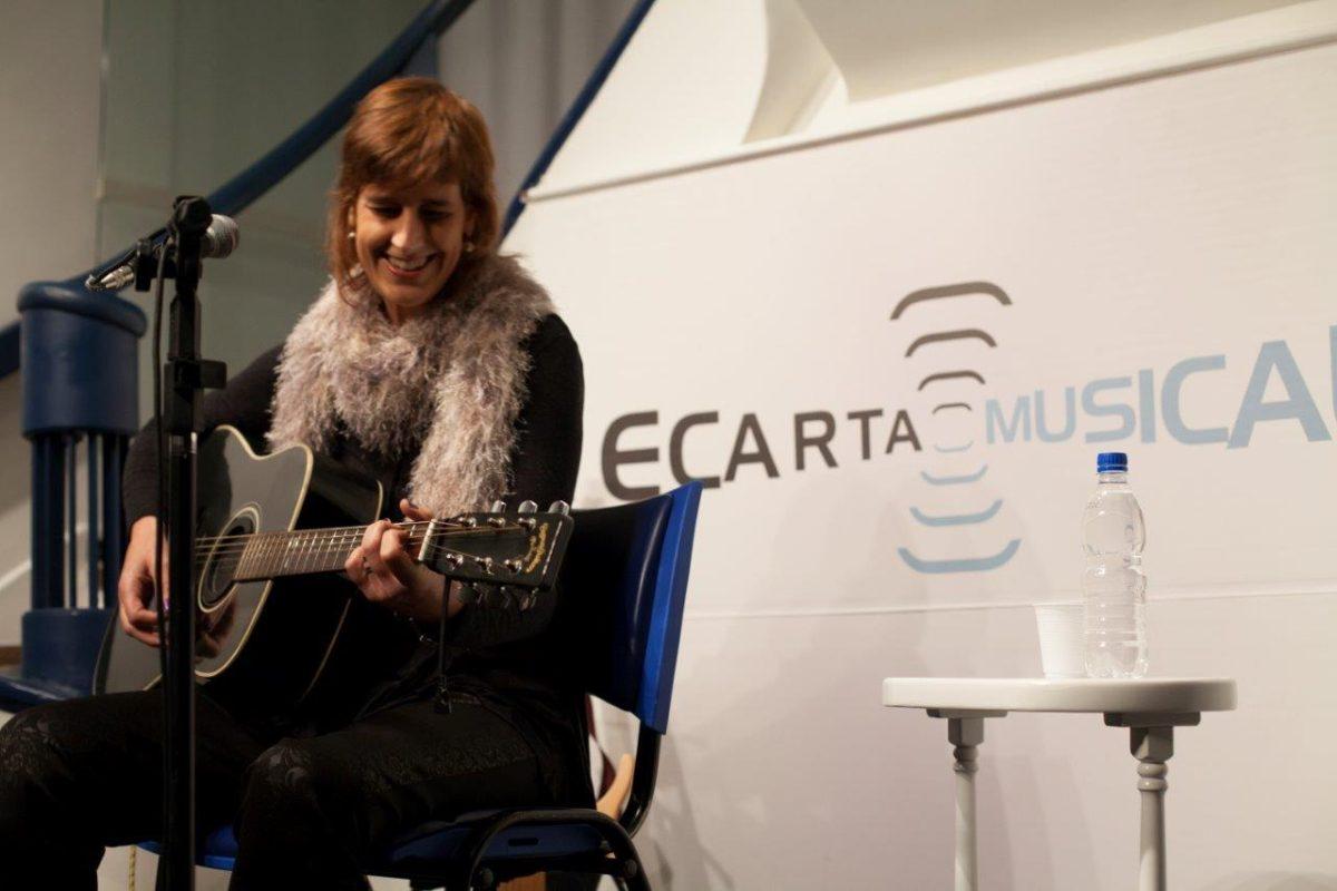 Monica Tomasi apresenta Intermitente | Foto: Leonardo Savaris