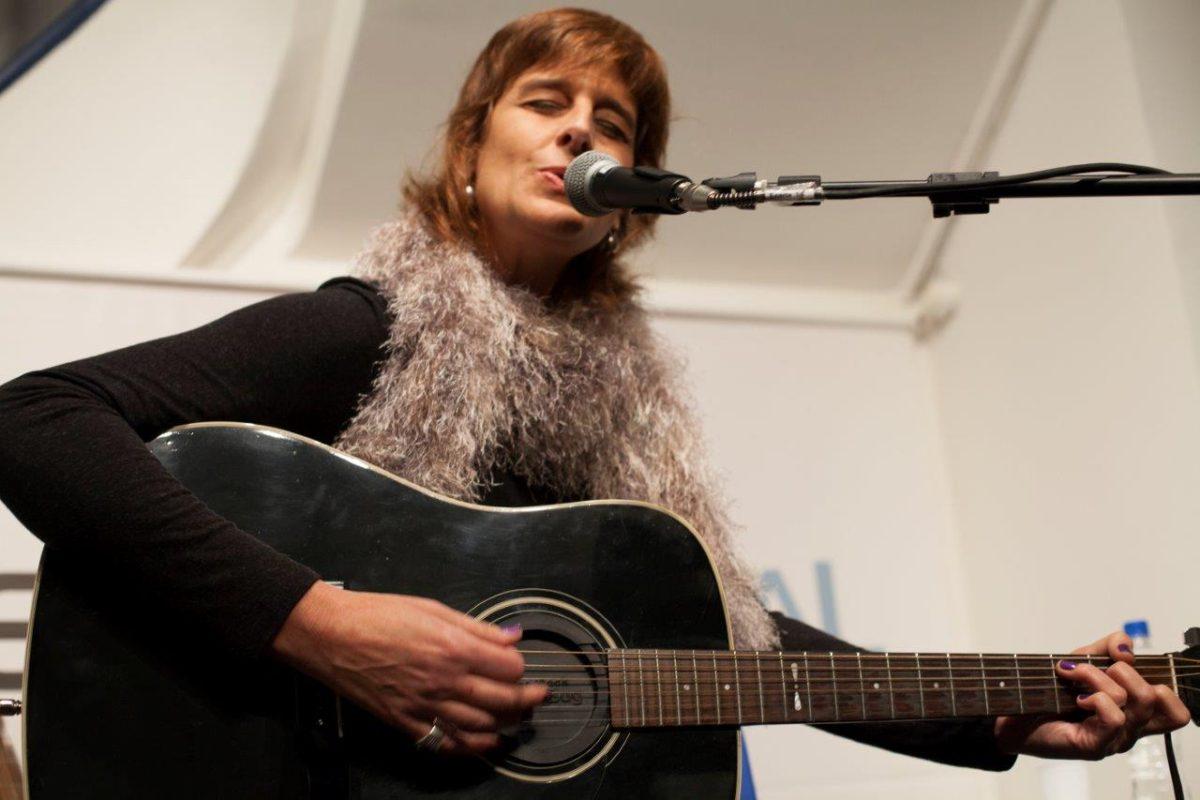 Monica Tomasi apresenta Intermitente | Fotos: Leonardo Savaris