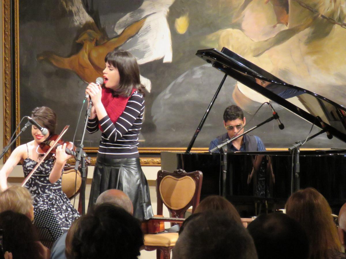 Show Luana Pacheco em NH   Foto: Valéria Ochôa