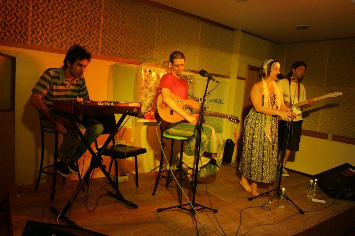 Uma banda chamada: Os The Darma Lóvers | Foto: Rene Cabrales
