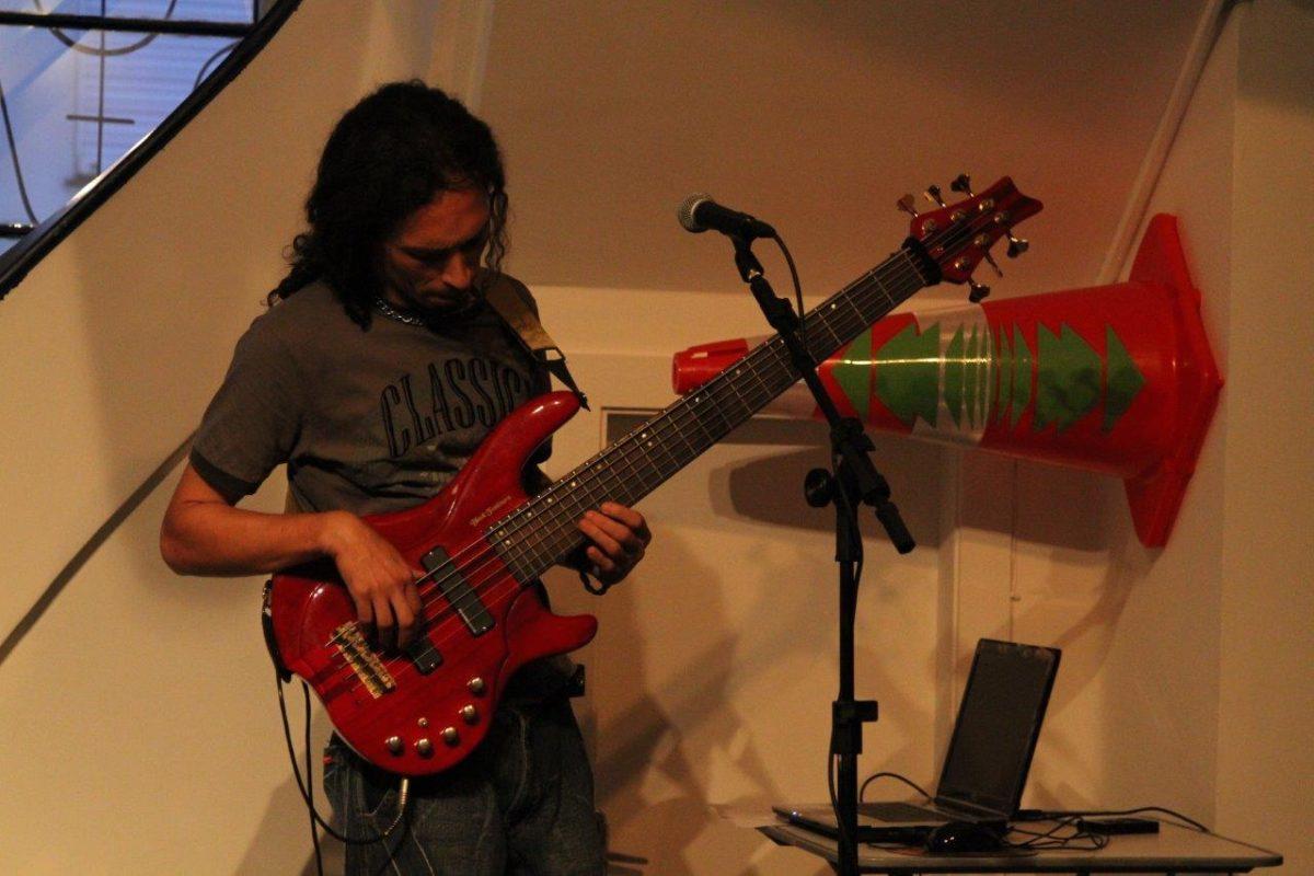 Henrique Fontoura apresenta músicas do novo CD | Fotos:Igor Sperotto