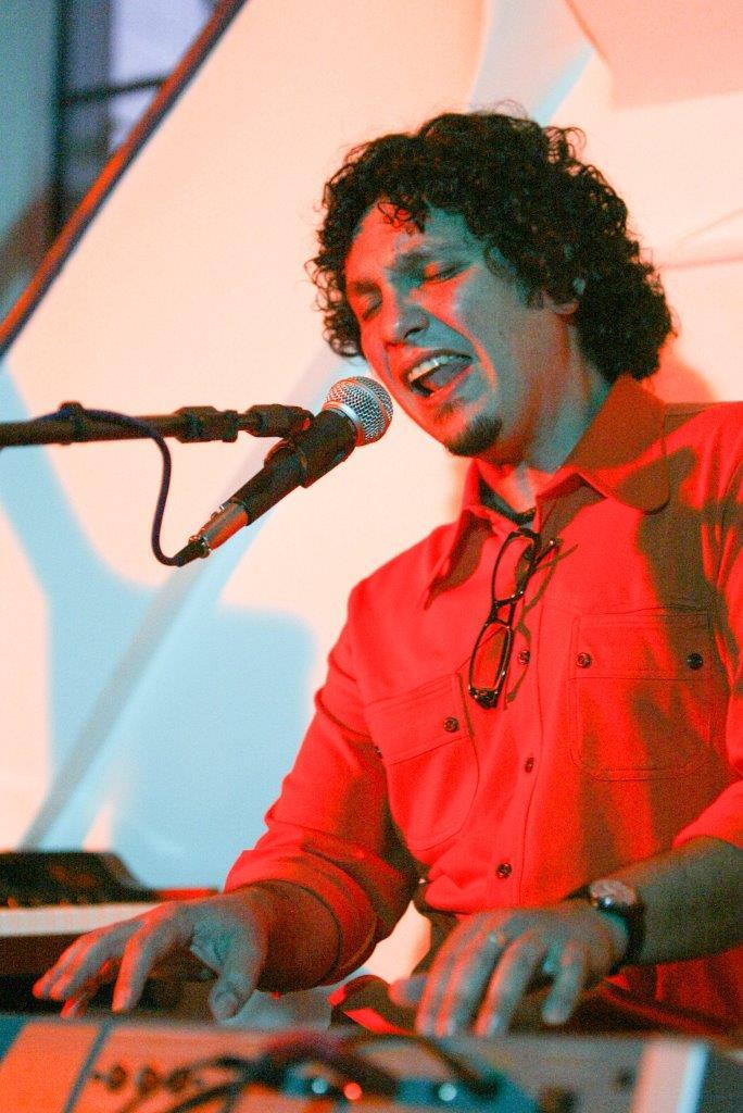 Yanto Laitano em show solo | Fotos: Rene Cabrales