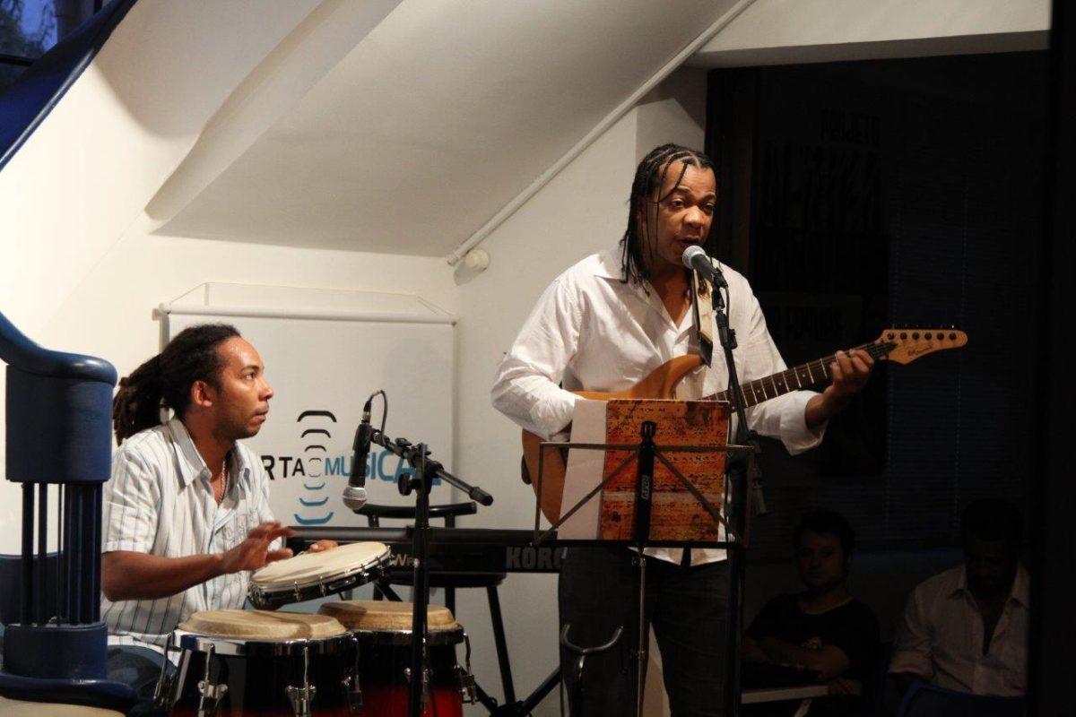 Jorge Foques apresenta o CD Ayó | Fotos: Igor Sperotto