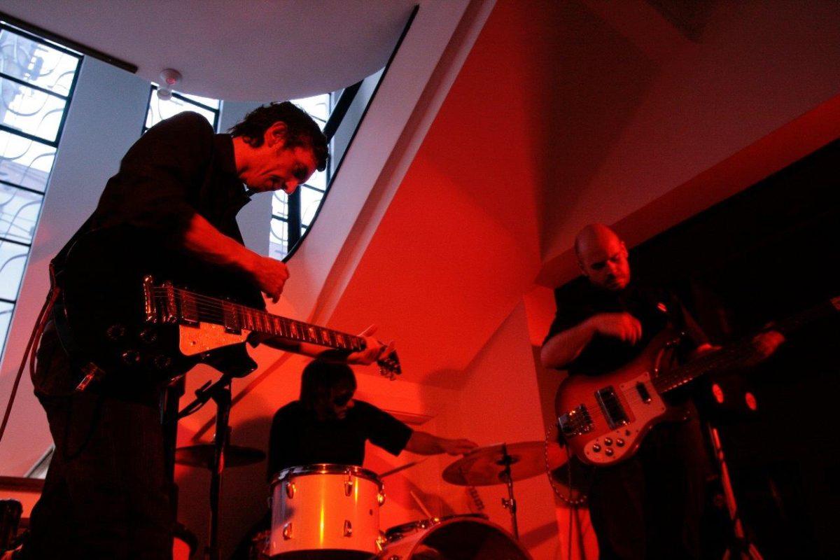 Reverba Trio (Surf Rock Instrumental) | Fotos: Rene Cabrales