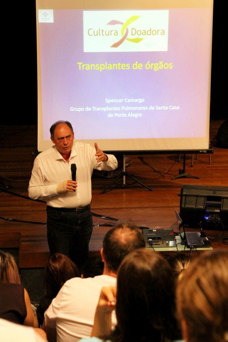 Aula Show em Montenegro – Los 3 Plantados – Professor Marcos Fuhr, presidente da Ecarta |
