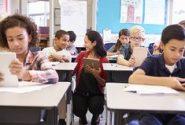 Professor em sala de aula | Foto: Pinterest