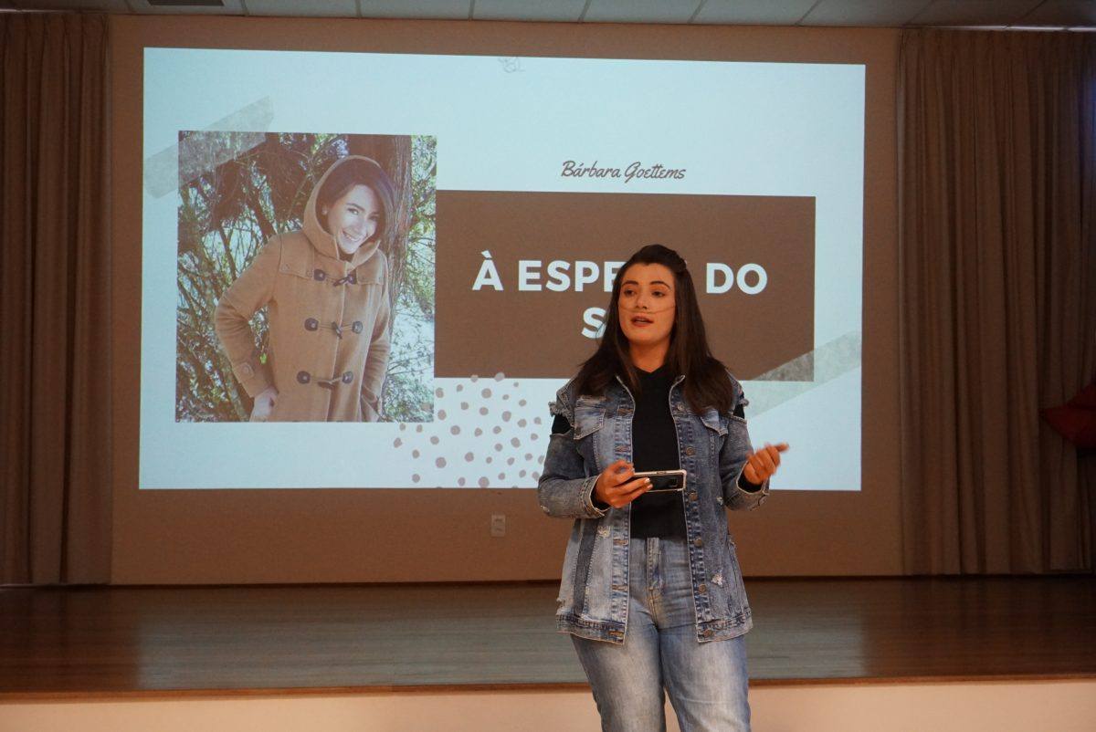 Cultura Doadora do Colégio Anchieta, em Porto Alegre | Bárbara Manchini Goettems, 23 anos, na lista de espera por doação de pulmão | Foto: Igor Sperotto