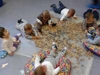 Desenvolvimento na primeiríssima infância | Foto: Pinterest