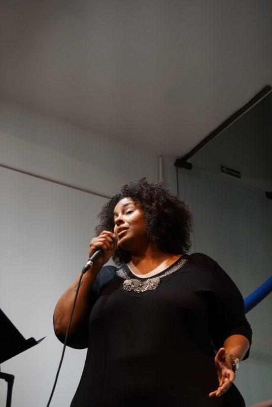 Andreia Cavalheiro no Ecarta Musical | Foto: Igor Sperotto