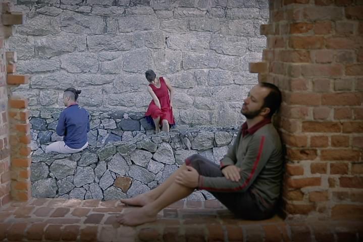 1º Festival Internacional de Videodança – 2020  Hold me, de Rafael Bolacha (SP) | Foto: Divulgação